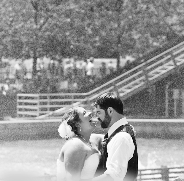 Pittsburgh Kennywood Wedding Photographers