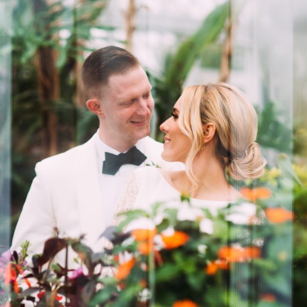 Pittsburgh Wedding Photographers Phipps Conservatory